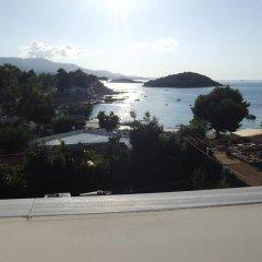 Отель Beach House Албания, Ксамил - отзывы, цены и фото номеров - забронировать отель Beach House онлайн пляж