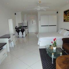 Отель Vtsix Condo Service at View Talay Condo Студия с различными типами кроватей фото 6
