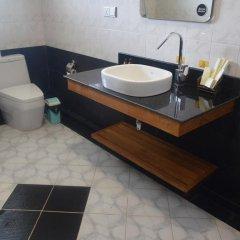 WEStay at the Grand Nyaung Shwe Hotel 3* Улучшенный номер с различными типами кроватей фото 6
