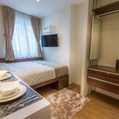 Отель Bunc @ Radius Clarke Quay сейф в номере