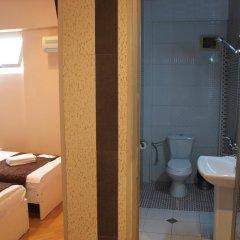 Отель London Palace 3* Стандартный номер с 2 отдельными кроватями фото 4