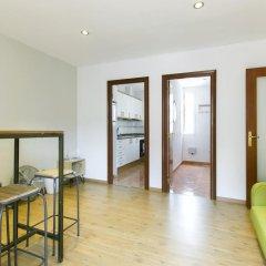 Апартаменты Apartment Montjuic комната для гостей фото 2