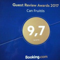 Отель Can Fruitós Бесалу интерьер отеля