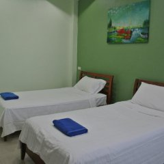 Отель Jom Jam House Улучшенный номер с 2 отдельными кроватями