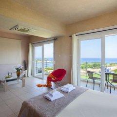 Отель Beachfront villa Del Mare Кипр, Протарас - отзывы, цены и фото номеров - забронировать отель Beachfront villa Del Mare онлайн комната для гостей фото 4