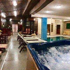 Отель Elegant Lux Болгария, Банско - 1 отзыв об отеле, цены и фото номеров - забронировать отель Elegant Lux онлайн бассейн