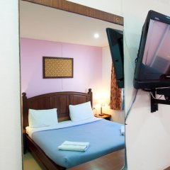 Отель Baan Sutra Guesthouse 3* Стандартный номер фото 16