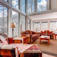 Отель 244 Eastwood Residence комната для гостей фото 4