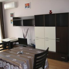 Отель Classic Apartment Болгария, Поморие - отзывы, цены и фото номеров - забронировать отель Classic Apartment онлайн комната для гостей фото 5