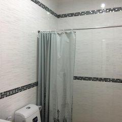 Отель The Little Box House Krabi ванная