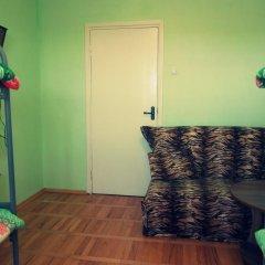 Гостиница Hostel Aura в Анапе отзывы, цены и фото номеров - забронировать гостиницу Hostel Aura онлайн Анапа комната для гостей фото 3