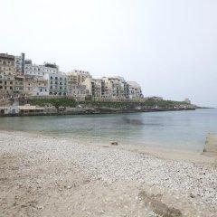 Отель Best Of Xlendi Apartments Мальта, Мунксар - отзывы, цены и фото номеров - забронировать отель Best Of Xlendi Apartments онлайн пляж фото 2