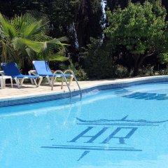 Отель Rocatel Испания, Канет-де-Мар - отзывы, цены и фото номеров - забронировать отель Rocatel онлайн бассейн фото 3