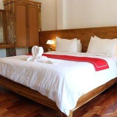 Отель Villa Oasis Luang Prabang 3* Номер Делюкс с двуспальной кроватью фото 7