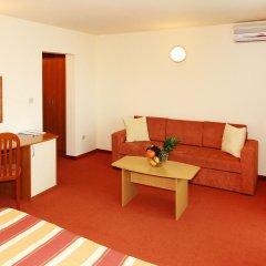 Отель Interhotel Cherno More 4* Улучшенный номер с различными типами кроватей фото 4