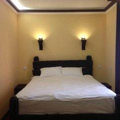 Гостиница Dniprovskiy Dvir 4* Стандартный номер двуспальная кровать