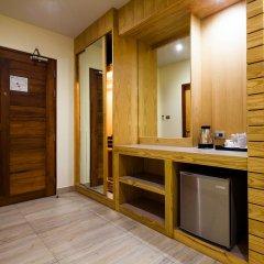 Отель Balihai Bay Pattaya 3* Номер Делюкс с различными типами кроватей фото 5