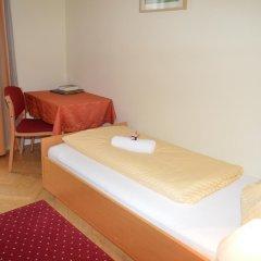 Отель Gästehaus Im Priesterseminar Salzburg 3* Стандартный номер фото 6