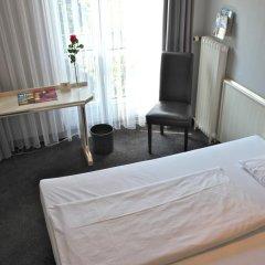 Отель Berlin Plaza am Kurfuerstendamm комната для гостей фото 3