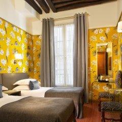 Отель Hôtel Saint Paul Rive Gauche 4* Улучшенный номер с 2 отдельными кроватями