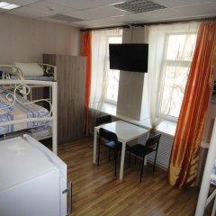 Люси-Отель Кровать в мужском общем номере с двухъярусной кроватью фото 7