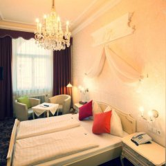 Отель Aviano Pension 4* Стандартный номер с двуспальной кроватью фото 14