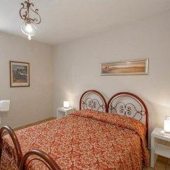 Hotel Masaccio Номер с общей ванной комнатой с различными типами кроватей (общая ванная комната) фото 7