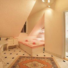 Отель Pension Amadeus 3* Стандартный номер с различными типами кроватей фото 4