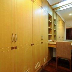 Отель Admiral Suites Sukhumvit 22 By Compass Hospitality 4* Люкс