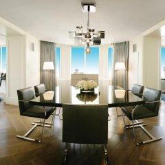 Отель Conrad New York Midtown 4* Апартаменты с различными типами кроватей фото 4