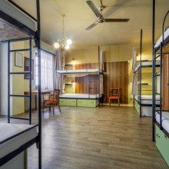 Little Quarter Hostel Кровать в общем номере с двухъярусной кроватью фото 4
