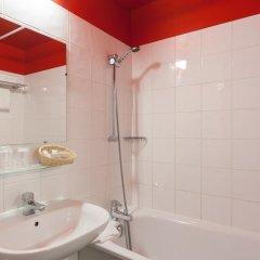 Comfort Hotel Paris La Fayette 3* Стандартный номер с различными типами кроватей фото 4