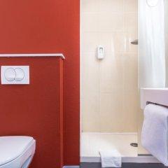 Отель B&B Hôtel CANNES Ouest La Bocca 3* Стандартный номер с разными типами кроватей фото 2