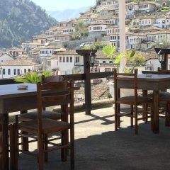 Отель Guesthouse Arben Elezi Албания, Берат - отзывы, цены и фото номеров - забронировать отель Guesthouse Arben Elezi онлайн питание