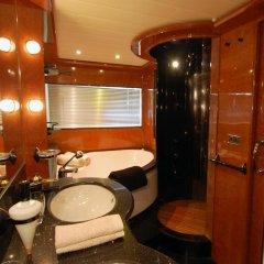 Отель Leigh Yacht Барселона ванная фото 2