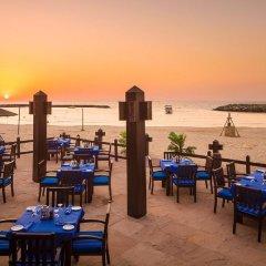 Отель Coral Beach Resort - Sharjah питание