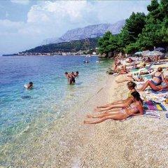 Отель Villa Joy Хорватия, Подгора - отзывы, цены и фото номеров - забронировать отель Villa Joy онлайн пляж