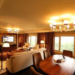 Отель Taj Palace, New Delhi 5* Люкс Luxury с двуспальной кроватью фото 6
