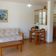 Отель Apartamentos Playa Calan Blanes Кала-эн-Бланес комната для гостей фото 5