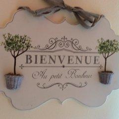 Отель Au Petit Bonheur Генуя комната для гостей фото 3