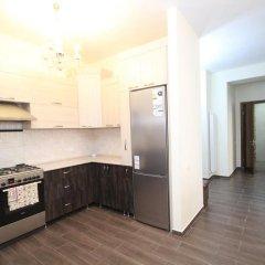 Апартаменты Rent in Yerevan - Apartments on Sakharov Square Люкс разные типы кроватей фото 3