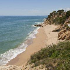 Отель Camping Bungalows El Far пляж