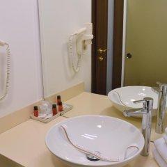 Hotel Capitol 4* Стандартный номер с 2 отдельными кроватями