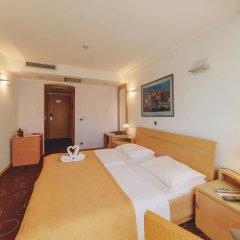 Hotel Montenegro Beach Resort 4* Стандартный номер с различными типами кроватей фото 3
