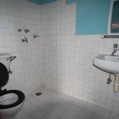 Отель New Future Way Guest House Непал, Покхара - отзывы, цены и фото номеров - забронировать отель New Future Way Guest House онлайн ванная