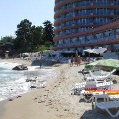 Отель Sirius Beach Болгария, Св. Константин и Елена - отзывы, цены и фото номеров - забронировать отель Sirius Beach онлайн пляж