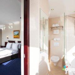 Отель XO Hotels Blue Tower 4* Представительский номер с различными типами кроватей фото 8