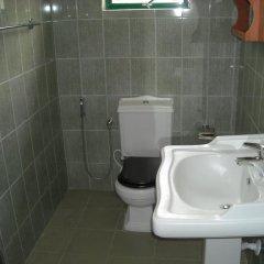 Night Station Hotel ванная