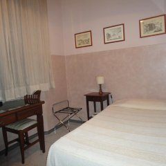 Hotel Delle Camelie 2* Стандартный номер с двуспальной кроватью