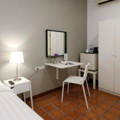Отель Ratchadamnoen Residence 3* Стандартный номер с различными типами кроватей фото 7